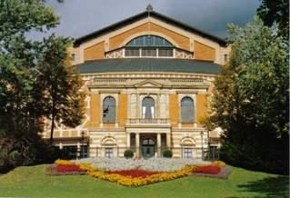 Festspielhaus Bayreuth - Richard-Wagner-Festspielhaus, Bayreuth, Grüner Hügel, Opernhaus