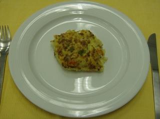 Appenzeller Gemüseauflauf #4 - Appenzeller, Gemüseauflauf, vegetarisch, angerichtet, Teller, Besteck