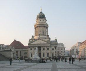 Berlin - Französischer Dom - Kuppel, Neobarock, Berliner Hugenottenmuseum