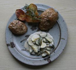 Rosmarin-Kartoffeln mit Zucchini-Gemüse - Rosmarin, Kartoffeln, Beilage, vegetarisch, Zucchini, Backblech