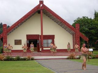 Maori Begrüßungszeremonie - Maori, Neuseeland, Marae, Rotorua, Begrüßung