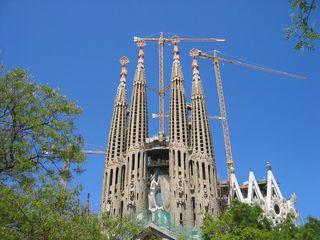 Türme der Sagrada Familia - Barcelona, Wahrzeichen, Architektur, Kirche, neukatalanischer Stil, Turm, Türme, hoch