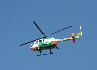 Polizeihubschrauber - Hubschrauber, Himmel, fliegen, Propeller, Polizei, Einsatz, Hilfe, schnell, Verkehrsüberwachung, Helikopter, Rotor, Auftrieb, Physik, Aerodynamik
