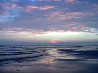 Sonnenuntergang an der Nordsee - Meer, Abend, Sonnenuntergang, Nordsee, St.Peter-Ording, Wasser, Wellen, Sand, Dämmerung, blau, Blautöne, kalte Farben