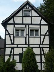 Fachwerkhaus - Fachwerk, Haus, Bauweise, Balken, Symmetrie, symmetrisch