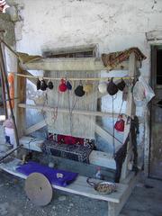 Türkei - Webstuhl - Türkei, Handwerk, Handarbeit, Webstuhl, Antalya, Wolle, weben, Webmaschine, Kettfäden, Schussfäden, Bindung, Gewebe, Handwebstuhl