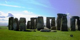 Stonehenge - Steinkreise - Stanhen gist, hängende Steine, Stonehenge, Großbritannien, Steinkreis, Weltkulturerbe, Frühgeschichte, Jungsteinzeit, Wiltshire, Grabanlage, Megalithe, Megalith, Pfeilersteine, Pfeilerstein, Decksteine, Deckstein