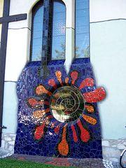 Kirche Bärnbach 6 - Hundertwasser, Kirche, Bärnbach, Sankt Barbara, Spirale, Lebensspirale, Sonne