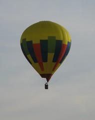 Heißluftballon - Ballon, Heißluftballon, Auftrieb, Wärmeströmung, Wärmelehre, bunt, schweben, fahren, Physik, Gas, Ballonkorb, Luft