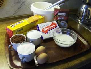 Kalte Schnauze # 1 Zutaten - Kuchen, Kekse, Butterkekse, Schokolade, Schokoladencreme, Kalorien, süß, braun, lecker, Fett, backen, Geburtstag