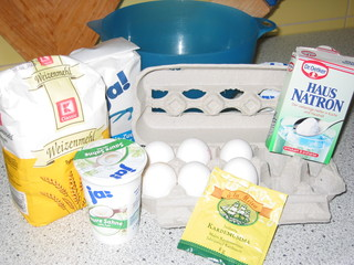 kermakakku 1 - Mehl, Zucker, Schüssel, backen, Eier, Kardamom