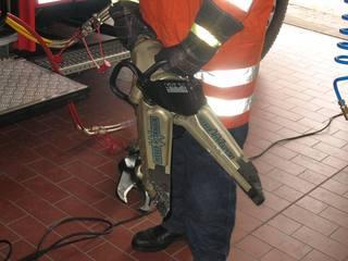 Feuerwehrausrüstung - Rettungsspreizer, Feuerwehr, Ausrüstung, Unfallrettung, Ausstattung Feuerwehrfahrzeug HLF, Hydraulik, Kraft, Hebel