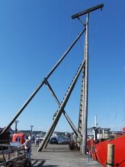 Flensburger Kran - Kran, Flensburg, Hafen, Museum, historisch, heben, Gewicht, schwer, Holz, Rekonstruktion, Mast, Schiff, Schiffe