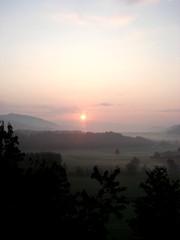 Morgenrot - Morgen, Dunst, Sonne, Landschaft, Stimmung, Meditation, Ruhe, Stille, nachdenken, besinnen, genießen