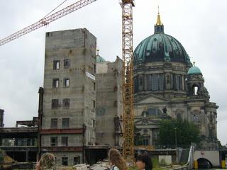 Berlin Palast der Republik 1 - Palast der Republik, Berlin, historisches Gebäude, Erich Honecker, Stadtdchloss, Hauptresidenz, Kunstgeschichte, Barock