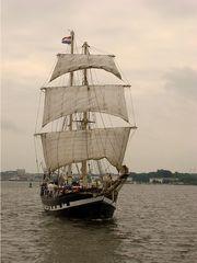 Segelschiff - Segel, Segelschiff, segeln, Schiff, reisen, Reise, Erzählanlass, Urlaub, Wasser, Hanse Sail, Rostock, Schreibanlass