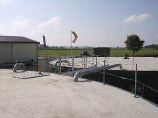 Biogasanlage #9 - Material, biologisch, umsetzen, Bakterien, Reaktion, Bioreaktion, Verbindung, Rohr, Pumpen, Reaktor, Bioreaktor