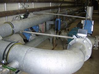 Biogasanlage  #18 - Biogasanlage, Leitung, Gasleitung, Rohr, Rohrknie, Rohrleitung