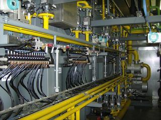 Biogasanlage #19 - Biogasanlage, Schaltraum, Leitungen, Kabel, Sicherungen, Ventile, Schalter, Verdichten, Temperaturregelung