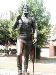 Statue von Störtebecker - Statue, Denkmal, Störtebecker, Pirat, Geschichte, Mittelalter, Küste, Krimineller