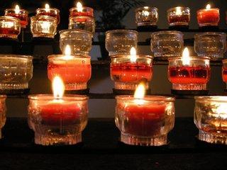 brennene Kerzen besinnliches Adventbild - Adventbild, brennende Kerzen, Kerzen, Kerzengläser, Advent, Weihnachtszeit, besinnlich, Flamme