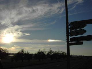 Nebensonne, Phänomen - Nebensonne, Wolken, Abenddämmerung, Haloerscheinung, Parhelion