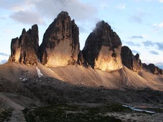 Die Drei Zinnen - Drei Zinnen, Tre Cime di Lavaredo, Dolomiten, Berg, Alpin, Tourismus, Südtirol, Alto Adige, Italien, Bergsteigen, Alpen