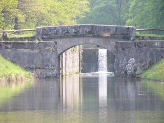 Kanal - Brückkanal, Brücke, Bogenbrücke, Alter Kanal, Wasser, Schleuse, Spiegelung