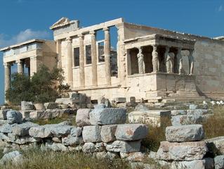 Akropolis Athen  - Ionische Säulenkapitelle, ornamentaler Fries, Heiliger Ölbaum, Erechtheion, Steine, Säulen, Akropolis, Athen