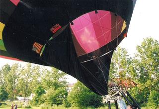 Ballonfahrt #7 - Ballon, Ballonfahrt, Heißluft, Heißluftballon, Auftrieb, Luft, fliegen, bunt, Feuer, Korb