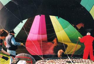Ballonfahrt #9 - Ballon, Ballonfahrt, Heißluft, Heißluftballon, Auftrieb, Luft, fliegen, bunt, Feuer, Korb