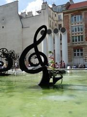 La clé de sol - der G Schlüssel - Jean Tinguely, Paris, Stravinskibrunnen, Kunst, Künstler, Eisen, Skulptur, Musik, G Schlüssel, Wasser