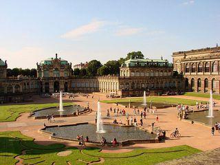 Zwinger Dresden # 1 - Zwinger, Dresden, Barock, Sandstein, Kunstsammlung, Zwingerhof, Wallpavillon, Pavillon, Gottfried Semper, Friedrich August I., Sandstein, Denkmal, Kunst