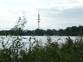 Hamburger Fernsehturm #1 - Heinrich-Hertz-Turm, Hamburg, Fernsehturm, Radio, Rundfunk, Fernmeldeturm, Telemichel, Wahrzeichen, Turm, Alster