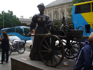 Molly Malone - Irland, Dublin, Molly Malone, Denkmal, Grafton Street, Cockles and Mussels, Fischverkäuferin