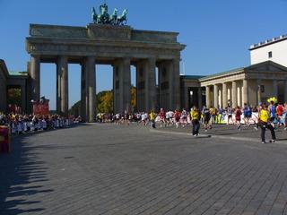 Berlin Marathon - Berlin, Marathon, Brandenburger Tor, Quadriga, Ziel