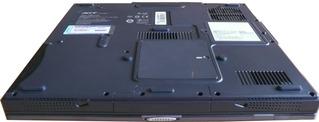 Notebookbestandteile #02 - Informatik, PC, Notebook, Rechner, Laptop, tragbar, Tastatur, Bildschirm, Unterseite
