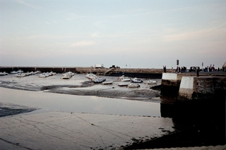 Hafen bei Niedrigwasser - Hafen, Wasser, Ebbe, Tidenhub, Schlick, Boote, Schiffe, Mole, Niedrigwasser, Flut