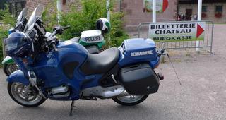 Deutsch-franzoesische Freundschaft   ;-) - moto, Motorrad, Polizei, gendarmerie nationale