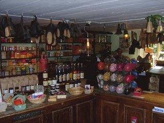 Tante Emma Laden - Tante Emma Laden, Lebensmittelgeschäft, Laden, Einzelhandelsgeschäft, Greißler, Warenversorgung, Einkauf, einkaufen, Kolonialwaren