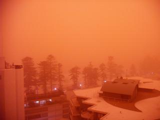 Gruesse vom Mars, Teil 1 - Staubsturm, Manly, Australien, 23 September 2009