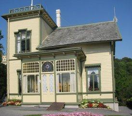Norwegen Bergen Troldhaugen Villa von Edvard Grieg - Norwegen, Bergen, Troldhaugen, Edvard Grieg, Musik, Komponist, Romantik, Villa, Holzhaus