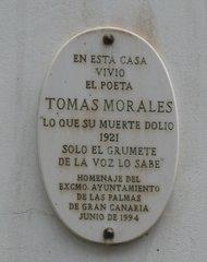 En esta casa vivió .... - Schild an einem spanischen Haus - Gedenktafel, Tomas Morales, Spanisch