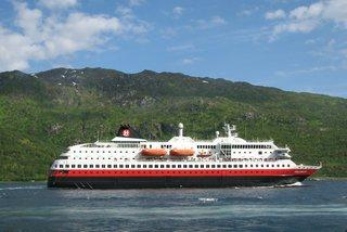 Norwegisches Postschiff - Norwegen, Postschiff, Hurtigruten, Verkehr, Schiff, Geographie, Richard With