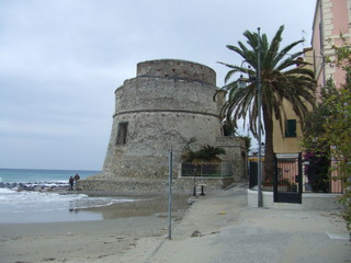 Sarazenenturm - Sarazenen, Turm, Befestigung, Schutz, Piraten, Mittelmeer, Italien
