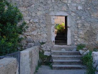 Kleines Tor - Tor, Stadtmauer, Vrbnik, Kroatien, Durchschlupf, Mauerwerk, Treppe, Stein, Durchblick, Eingang, Ausgang, Meditation, Schreibanlass