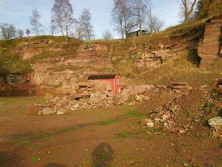 Steinbruch #1 - Sandstein, Steinbruch, Geologie, Buntsandstein, Baustoff, Weserbergland, Lagerstätte, Gesteinsabbau, offener Steinbruch