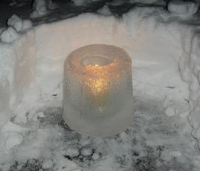 Eislicht #1 - Eislicht, Eisleuchte, Licht, Kerze, Winter, Eis, Schnee, weiß, Stimmung, leuchten