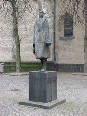 Köln, Denkmal Konrad Adenauer an der Apostelnkirche - Denkmal, Köln