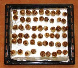 Olivenschnecken #5 - Partygebäck, Snack, pikant, salzig, Hefegebäck, Hefeteig, Olivenschnecken, backen, Kleingebäck, Fingerfood, Backblech